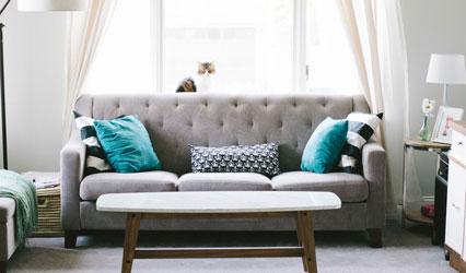Sofa modern gepolstert